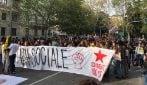 Manifestazione contro i Cpr a Milano: corteo fino all'ex Cie di via Corelli