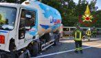 Avellino, auto si schianta contro cisterna di gas propano: ferita una ragazza