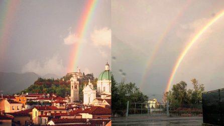 """Spettacolo a Brescia dopo la pioggia: appare un meraviglioso """"doppio"""" arcobaleno"""