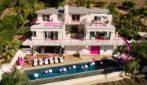 Vivere come Barbie nella sua casa di Malibu
