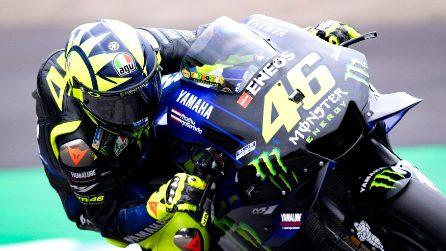 MotoGP, Valentino Rossi passa alla frenata a due dita