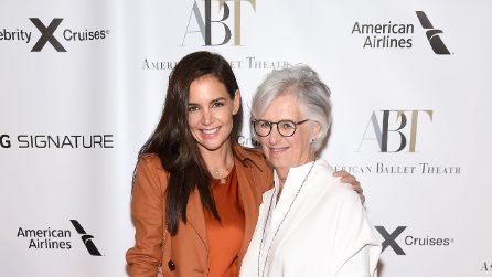 Katie Holmes sul red carpet con la mamma