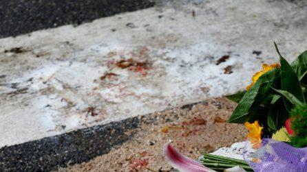 Luca Sacchi: sangue, fiori e biglietti su luogo dell'omicidio