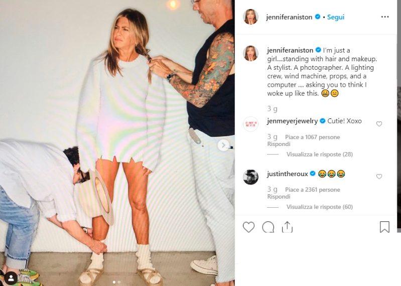 Realtà Vs aspettative, ecco cosa c'è dietro uno shooting fotografico: Jen imbronciata coi calzini...