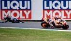 MotoGP, Vinales cade all'ultimo giro. Marquez vince anche in Australia