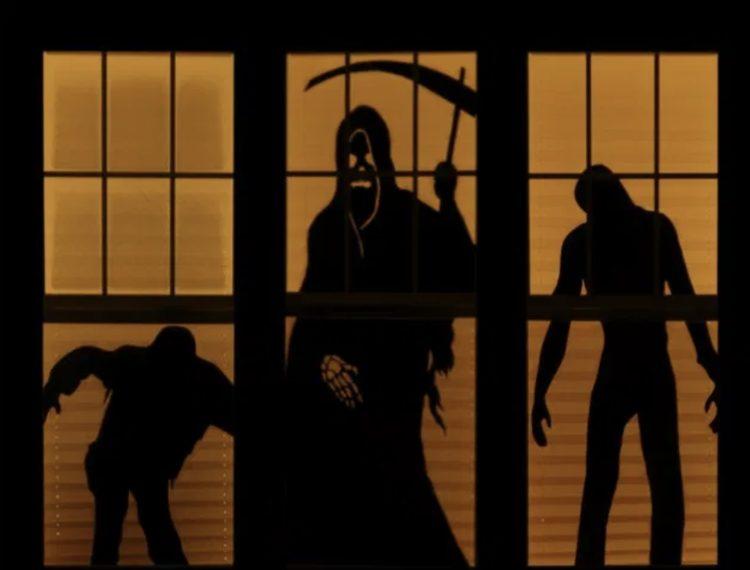 In questo modo si può fingere che si stia consumando un efferato omicidio, oppure si può riprodurre l'immagine della morte, di qualche mostro o di uno zombie. Così di notte, con la casa illuminata l'ombra terrificante potrà spaventare chiunque.
