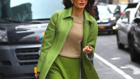 Trend autunno 2019: il cappotto si abbina alla gonna