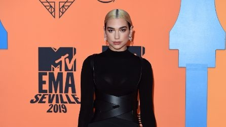 Mtv Europe Music Awards 2019, tutti i look delle star sul red carpet