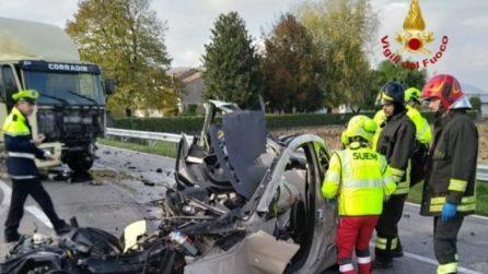 Vicenza, scontro auto-tir: morto un 52enne