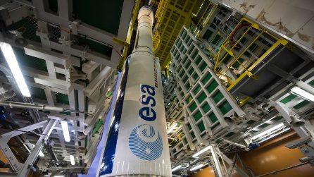 Al Museo Scienza e Tecnologia di Milano il lanciatore Vega: un razzo spaziale alto trenta metri