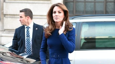 Kate Middleton con i capelli vaporosi e spettinati