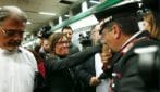 Carabiniere bacia la mano alla sorella di Stefano Cucchi