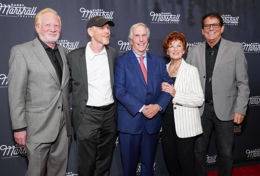 Don Most (Ralph Malph), Ron Howard (Richie), Henry Winkler (Fonzie), Marion Ross (Marion) e Anson Williams (Potsie)