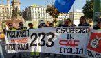 Napoli, assunti e subito licenziati: continua la protesta dei 233 lavoratori della Caf