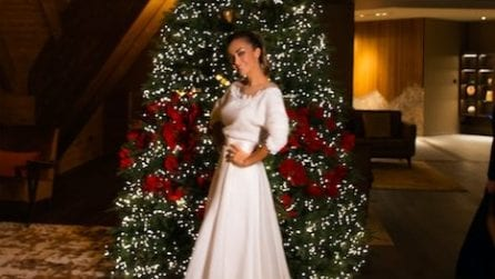 Giorgia Palmas in abito da sposa per Natale