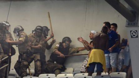 Il Cruzeiro retrocede, guerriglia allo stadio
