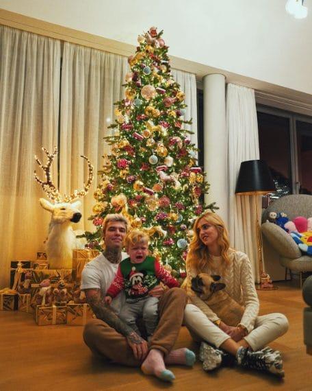 Albero Di Natale 2020.Natale 2020 Gli Spettacolari Alberi Addobbati Dalle Star