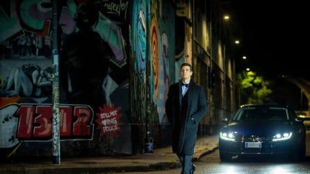 """Roberto Bolle, il backstage di """"Danza con me"""" 2020 è una passeggiata tra le strade di notte"""