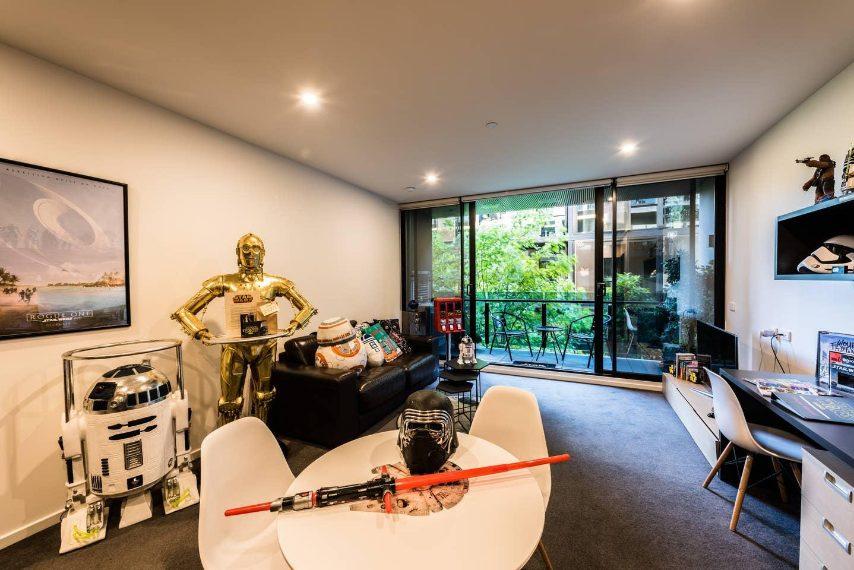 Questa villa australiana ha una incredibile collezione di memorabilia originali, nuovi e vintage.