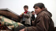 La fuga dalle bombe negli occhi dei bambini siriani