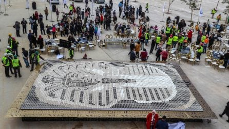 Guinness World Record per il mosaico di Tutankhamon