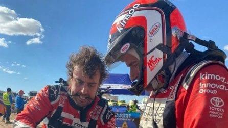 Fernando Alonso, fascette e nastro adesivo per riparare la Toyota