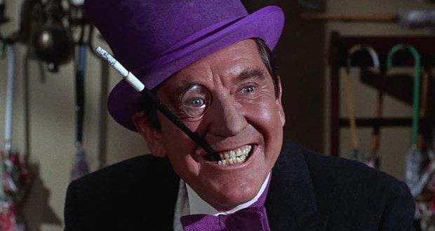 È stato il primo a interpretare il Pinguino nella storica serie tv degli anni '60.