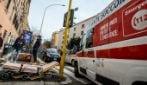 Roma, donna si suicida lanciandosi sotto alla metro A: l'intervento dei soccorritori