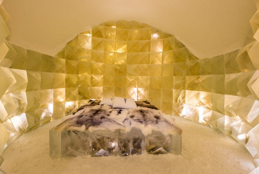 ICEHOTEL 30   Art Suite Golden Ice   Design Nicolas Triboulot & Jean-Marie Guitera   Photo Asaf Kliger   © ICEHOTEL