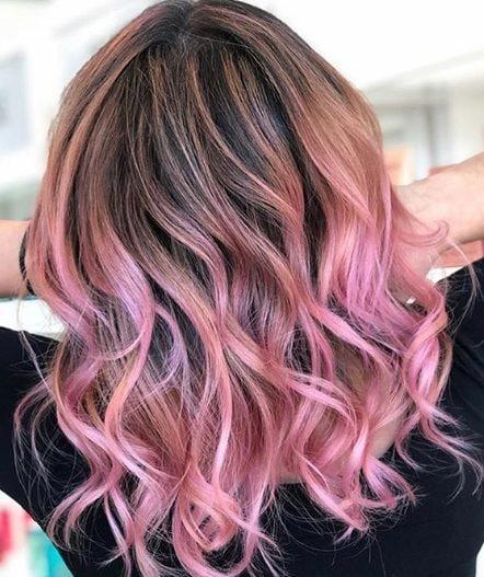 Punte rosa: la tendenza capelli 2020