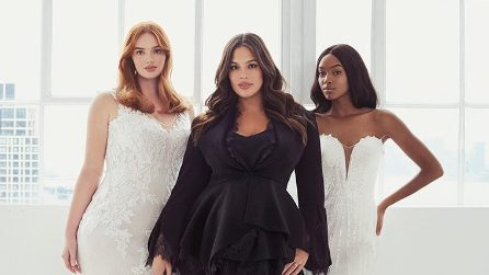 Ashley Graham x Pronovias, la collezione di abiti da sposa firmata dalla curvy
