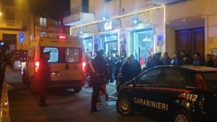 Omicidio suicidio a Formia, spara a cugina e marito e si suicida: le immagini del luogo del delitto