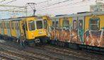 Incidente nella metropolitana di Napoli, scontro tra 3 treni