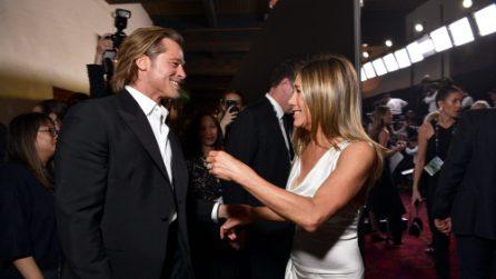Brad Pitt e Jennifer Aniston si abbracciano ai SAG Awards 2020