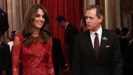 Kate Middleton con l'abito di paillettes rosse