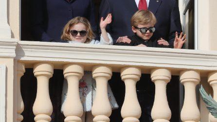 Jacques e Gabriella di Monaco sono rock con gli occhiali da sole