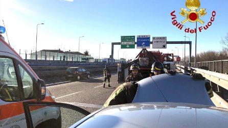 Milano, incidente sulla tangenziale est a Lambrate: due feriti e traffico in tilt