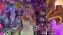 Ilary Blasi si trasforma in Achille Lauro per Carnevale