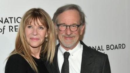 Le foto di Steven Spielberg con la moglie Kate Capshaw e i loro 5 figli