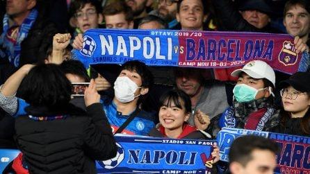 Napoli-Barcellona, tifosi con le mascherine sugli spalti