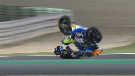 Luca Marini, le foto del brutto incidente in Qatar