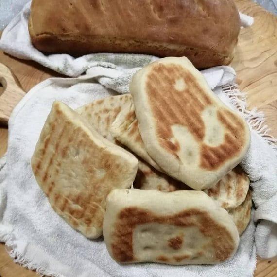 Pane e saltimbocca di Madalina Sgueglia
