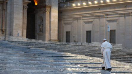 """Papa Francesco, la benedizione """"Urbi et Orbi"""" per i fedeli di tutto il mondo"""