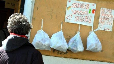 Roma, alimenti gratis a disposizione delle persone bisognose