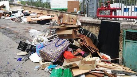 """Fase 2, a Napoli ripartono gli scarichi illegali di rifiuti. Asìa: """"Pronte le denunce"""""""