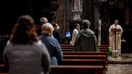 Il Duomo di Milano riapre ai fedeli: la prima messa dopo il lockdown