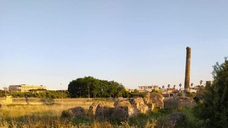 Abbandonata al degrado la tomba di Scipione l'Africano nel parco di Liternum a Giugliano