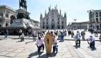 """A Milano lo sciopero dei taxi, una bara in piazza Duomo: """"Se non ci aiutano siamo morti"""""""