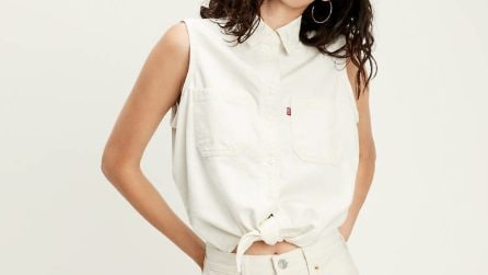 Le camicie con nodo, il trend da sfoggiare per l'estate 2020