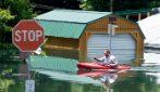 Inondazioni in Pennsylvania: strade e case completamente allagate
